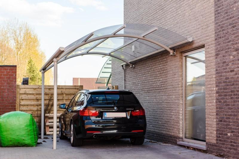 avantages d un abri pour voitures en aluminium bozarc. Black Bedroom Furniture Sets. Home Design Ideas