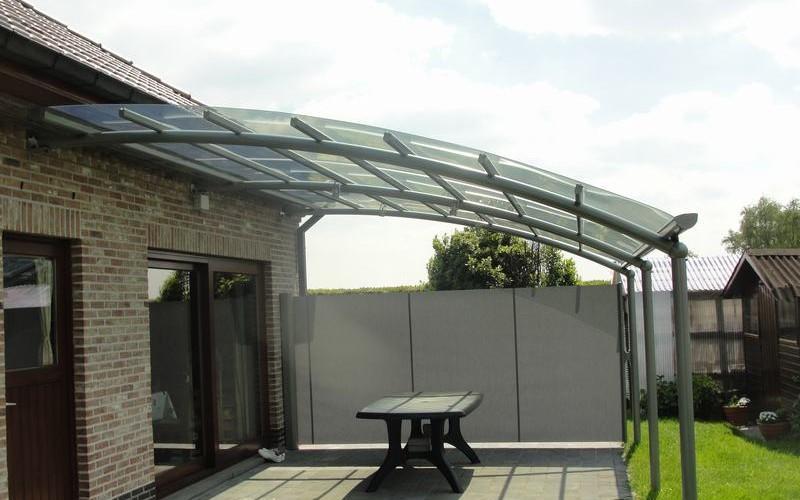 Un auvent de terrasse design au meilleur prix bozarc - Auvent de terrasse ...