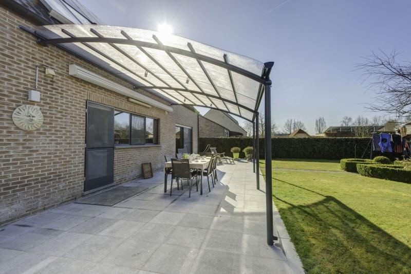 4 astuces pour le nettoyage de votre toiture de terrasse. Black Bedroom Furniture Sets. Home Design Ideas