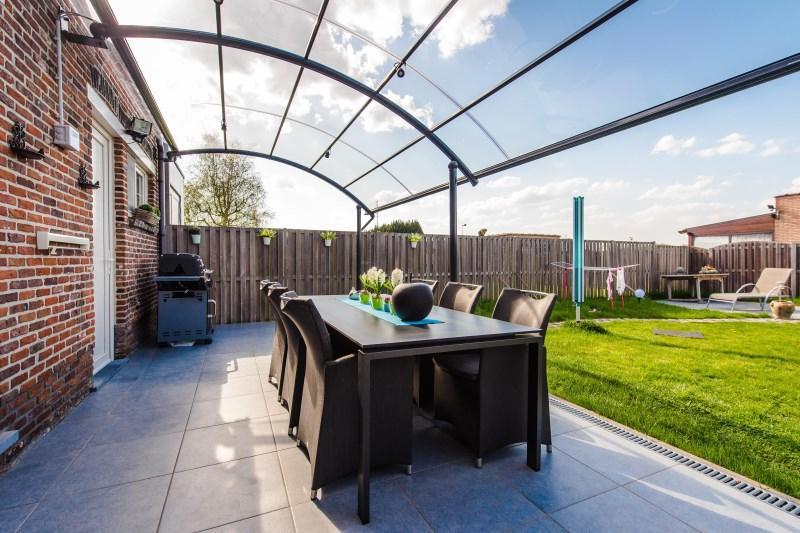 Couvrir une terrasse : les différentes possibilités | BOzARC